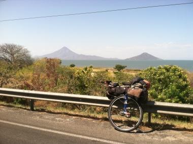 Nicaragua has some big lakes.